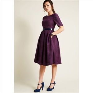 Anthropologie navy and red plaid dress sleeves L